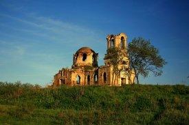 Церковь близ с.Лаки