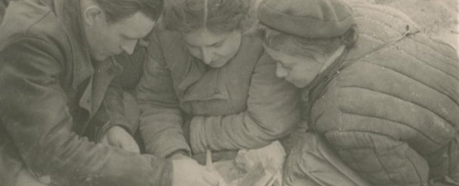 И.И. Лобода, Н.А. Богданова, Е.Н. Черепанова. Раскопки Баклинского могильника 1959 г.